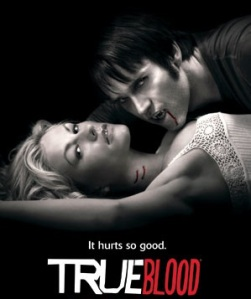 https://baixarfilmesonlinegratis.files.wordpress.com/2010/07/true-blood-promo.jpg?w=251