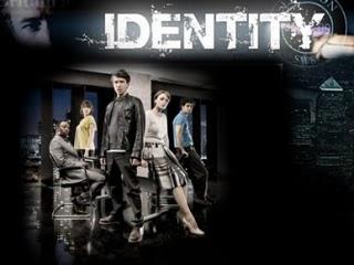 Assistir Identity Online (Legendado)